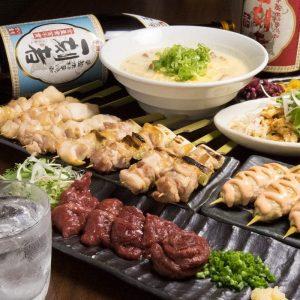 中野の居酒屋「とりいちず」で馬刺しと焼鳥を満喫する宴会